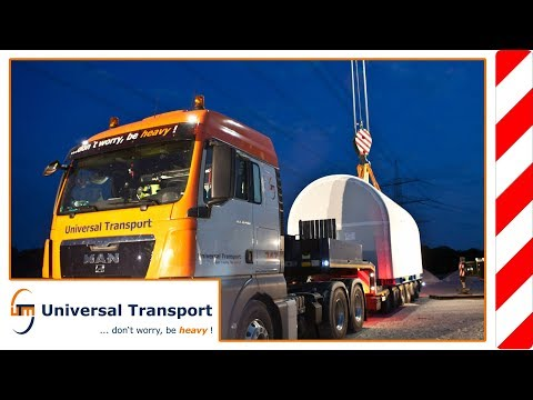 Universal Transport - Unloading a nacelle for a wind power unit